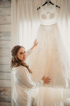 Perfect Texas Rustic Wedding Decor and Details | Rustic x Chic Barn Wedding | Big Sky Barn | Houston Texas Wedding | Jason Smelser Photography | Big Sky Barn Wedding Venue