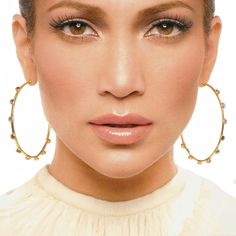 JLo is Jennifer Lopez! Jlo Makeup, Beauty Makeup, Hair Makeup, Hair Beauty, Brunette Beauty, Jennifer Lopez Live, Pictures Of Jennifer Lopez, Jennifer Lopez Makeup, Maquillage Jlo