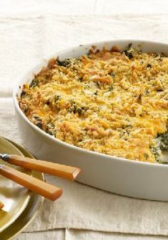 Crispy-Topped Creamy Spinach – Turn your spinach blahs into spinach ahhs with our crispy cracker-and-Cheddar-topped dish. Your family will enjoy every bite of this creamy veggie side..