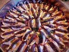 Σαρδελίτσα παντρεμένη στο φούρνο Cookbook Recipes, Cooking Recipes, Fish And Seafood, Yummy Food, Foods, Drink, Food Food, Food Items, Beverage