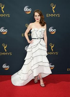 Michelle Dockery at the 2016 Emmy Awards.