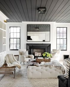 6 Paint Colors That Make A Splash on Ceilings Turn an ordinary space into something extraordinary by painting a ceiling in your home in an unexpected color. Here are six ceiling paint colors that we're loving! Home Living Room, Room Design, Interior, Home, House Ceiling Design, House Interior, Interior Design, Living Decor, Home And Living