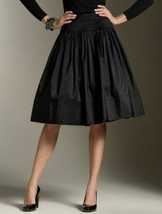 Obsessed with this cut- perfect length for this skirt style.