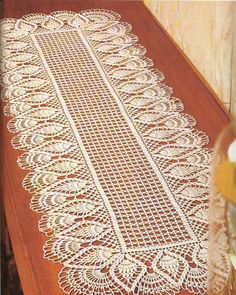 Diy Crafts - crochet doily, center piece ,table runner PATTERN (chart with instructions) Filet Crochet, Crochet Doily Diagram, Crochet Doily Patterns, Crochet Afghans, Thread Crochet, Scarf Crochet, Diy Crafts Crochet, Crochet Home, Crochet Projects