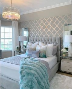 Grey Bedroom Decor, Glam Bedroom, Room Ideas Bedroom, Bedroom Colors, Home Bedroom, Living Room Decor, Bedroom Ideas Purple, Silver And Grey Bedroom, Master Bedroom Decorating Ideas