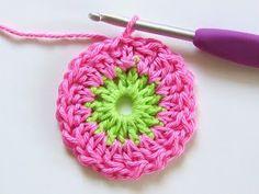 Transcendent Crochet a Solid Granny Square Ideas. Inconceivable Crochet a Solid Granny Square Ideas. Granny Square Crochet Pattern, Crochet Squares, Crochet Granny, Crochet Motif, Freeform Crochet, Diy Crochet Flowers, Crochet Flower Patterns, Crochet Stitches Patterns, Crochet Crafts