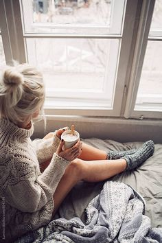 Blonde Woman Drinking Morning Coffee in Bed by Lumina for Stocksy United – inspiration Coffee In Bed, Coffee Girl, Coffee Break, Morning Coffee, Coffee Cozy, Sexy Coffee, Winter Coffee, Coffee Bags, Coffee Corner