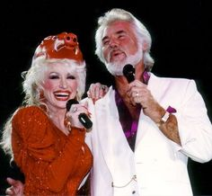 Dolly & Kenny Rogers <3 the hogs