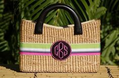 Monogrammed Beverly Style Basket Bag are great with zipper closure. Use your basket bag for everyday or whenever you want to add a little spice to you wardrobe. We just love these monogram basket bags. Summer Purses, Summer Bags, Monogram Wreath, Monogram Gifts, Straw Handbags, Purses And Handbags, Basket Bag, Monogram Styles, Straw Bag