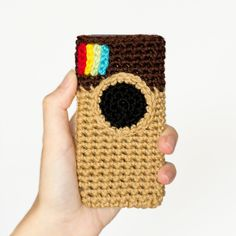 An Instagram Inspired Phone Case crochet pattern by Hopeful Honey.  After you make it, Instagram it.