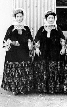 Skopelos Wedding gown - old photos