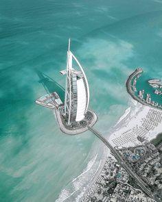 See Want Shop - Dubai views… such an incredible city 💙. Dubai Travel, India Travel, Voyage Dubai, Places To Travel, Travel Destinations, Dubai Skyscraper, Visit Dubai, Destination Voyage, Worldwide Travel
