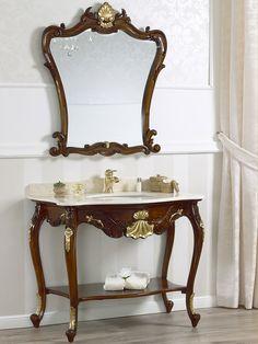 Consolle e specchio stile barocco, noce con particolari foglia oro