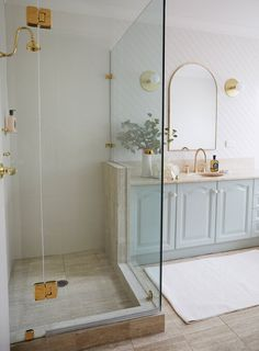 If your bathroom is in need of a cosmetic makeover, this is one revamp you don't want to miss! We show you HOW you can totally transform a bathroom with the power of paint! Bathroom Spa, Bathroom Renos, Simple Bathroom, Bathroom Vanities, Bathroom Ideas, Painting Bathroom Tiles, Wall Tiles, Dulux Dieskau, Three Birds Renovations