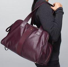 NWT Lululemon Two Times A Yogi Bag Gym Yoga Shoulder Bag Bookbag Bordeaux Plum in Sporting Goods, Fitness, Running & Yoga, Gym Bags   eBay
