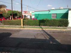 Casa sola en esquina  Casa sola en esquina,dentro de fraccionamiento Unidad Guadalupe vigilancia las 24 hrs. La casa ...  http://puebla-city.evisos.com.mx/casa-sola-en-esquina-1-id-573559