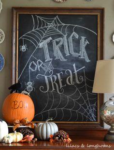 Fall-o-Ween Farmhouse Halloween Decor for a Rustic Halloween Vignette Fall Chalkboard Art, Halloween Chalkboard Art, Blackboard Art, Chalkboard Drawings, Chalkboard Designs, Chalkboard Ideas, Chalkboard Lettering, Hand Lettering, Chalkboard Quotes