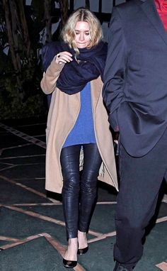 OLSENS ANONYMOUS ASHLEY OLSEN LA PARTY OVERSIZED NAVY SCARF CAMEL COAT COBALT BLUE LONG SWEATER LEATHER LEGGINGS PANTS MANOLO BLAHNIK BLACK ...