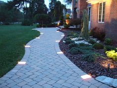 31 Landscape Lighting Ideas Walkways to Beautify Your Front Yard. Prior to you invest in any type of landscape lighting, ask yourself what your functions Sidewalk Landscaping, Outdoor Landscaping, Backyard Patio, Landscaping Ideas, Landscaping Software, Paver Sidewalk, Landscape Lighting Design, 3d Landscape, Paver Walkway