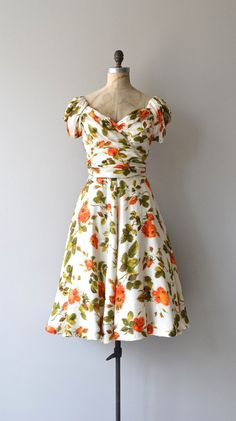 Hattie Carnegie dress 1950s vintage dress 1950s por DearGolden