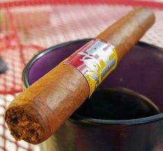Cigar Dan's Cigar & Coffee Reviews: Mia Dora Corona from Emilio Cigars