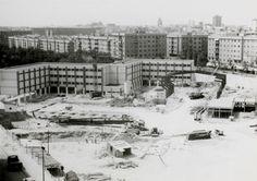 Construcción del Polideportivo y Colegio de La Concepción en1960 – Foto de Cristina Gómez Montañez – Archivo fotográfico de la Comunidad de Madrid.