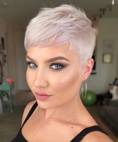 Today we have the most stylish 86 Cute Short Pixie Haircuts. We claim that you have never seen such elegant and eye-catching short hairstyles before. Pixie haircut, of course, offers a lot of options for the hair of the ladies'… Continue Reading → Short Pixie Haircuts, Short Hair Cuts, Very Short Pixie Cuts, Pixie Haircut Styles, Short Blonde Pixie, Superkurzer Pixie, Pixie Bangs, Pixie Crop, Pixie Cut Kurz