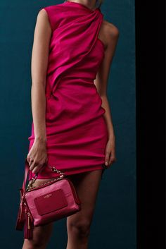 Lanvin - Resort 2014 - Look 19 of 35?url=http://www.style.com/slideshows/fashion-shows/resort-2014/lanvin/collection/19