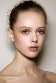 sincere days : Frida Gustavsson