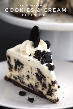 Close up shot of a slice of keto instant pot cheesecake with a few cookie crumbs on the plate Low Carb Chicken Recipes, Healthy Low Carb Recipes, Low Carb Desserts, Dessert Recipes, Keto Recipes, Keto Foods, Free Recipes, Dinner Recipes, Instant Pot Cheesecake Recipe