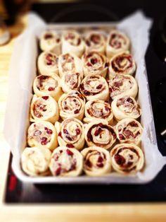 Cinnamon Rolls, Doughnut, Cereal, Muffins, Cookies, Baking, Breakfast, Desserts, Buns