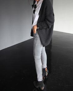 Oversized cardigan, great alternative for blazer or leather jacket.