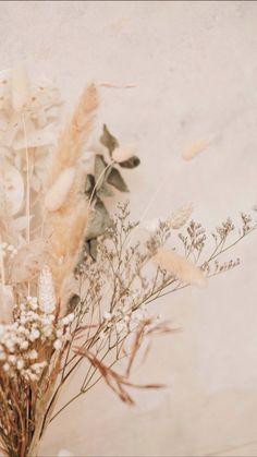 Gold Wallpaper Background, Rose Gold Wallpaper, Scenery Wallpaper, Background Vintage, Flower Wallpaper, Wallpaper Backgrounds, Iphone Wallpaper Tumblr Aesthetic, Aesthetic Pastel Wallpaper, Aesthetic Backgrounds