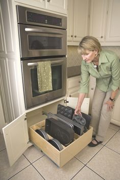 Discover smarter ways to use your kitchen cabinets and spice drawers with these . Discover smarter ways to use your kitchen cabinets and spice drawers with these ideas, products, and tips to make the most of your kitchen space. Kitchen Cabinet Drawers, New Kitchen Cabinets, Kitchen Redo, Kitchen Pantry, Kitchen Ideas, Oven Cabinet, Kitchen Oven, Cabinet Storage, Kitchen Counters