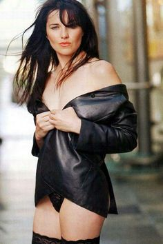 Lucy Lawless - Lucy Lawless is a New Zealand born actress, probably best known for playing the lead character on the T. series Xena the Warrior Princess. Lucy Lawless, Instyle Magazine, Maxim Magazine, Lucy Hale, Emily Ratajkowski, Rita Ora, Hollywood Actresses, Actors & Actresses, Rihanna