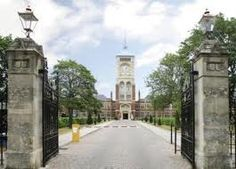 An impressive driveway here. Find out more about boarding schools in England at www.ukschoolsforyou.com