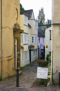 Oxford, England ~ My aunt lived here when I was little. Best memories I have of those years