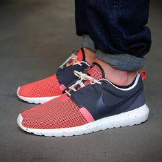 Nike Roshe Run Natural Montion Breathe (BLACK PINE)