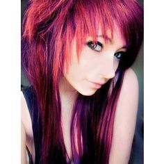 This is my friend Brooklyn's faceclaim. Her parents made her delete her account, but she wants to be a part of the prom. She likes BVB, MCR, MIW, FIR, and i don't know what else. Like me, she is a firm UNbelieber, and believes there are two Way's, not One Direction. :D