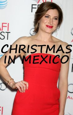 Ellen gifted The Secret Life of Walter Mitty star Kathryn Hahn with Christmas sombreros for her vacation in Mexico. http://www.recapo.com/ellen-degeneres-show/ellen-interviews/ellen-kathryn-hahn-christmas-sombreros-kings-of-leon-wait-for-me/