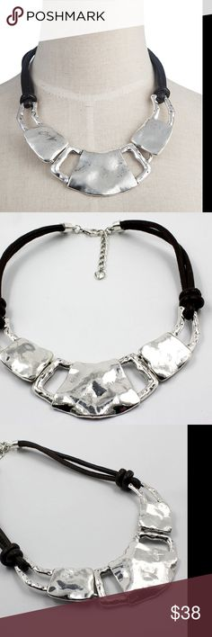 BIJOUX METAL STATEMENT NECKLACE *NWT* BIJOUX METAL STATEMENT NECKLACE *NWT* Alloy . Mid weight . Great accessory to go from day to night .  THINK VINTAGE ONLINE  Jewelry Necklaces
