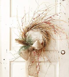 Twist Twigs into a Simple Christmas Wreath This simple technique for a twig wreath shows you how to make Christmas wreaths that don't require a lot of expensive materials or a lot of time. Decorate a basic twig wreath with berry branches, a burlap ribbon bow, live greens, and a faux animal feather for a similar, nature-inspired Christmas wreath