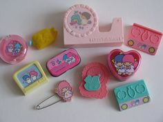 Little Twin Stars vintage trinkets and smalls Retro Toys, Vintage Toys, Childhood Memories 90s, Kawaii Room, Cute Girl Wallpaper, Little Twin Stars, Sweet Memories, Old Toys, Little Pony