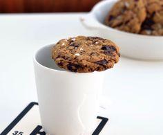 Seige kjeks med sjokolade og kaffebønner