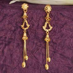 Gold Earrings For Women, Gold Bridal Earrings, Gold Earrings Designs, Gold Designs, Wedding Jewelry, Antique Jewellery Designs, Gold Jewellery Design, Diamond Jewellery, Ear Jewelry