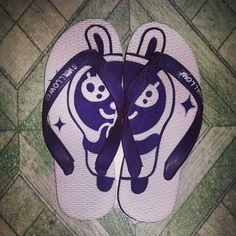 Sandal jepit ukir, harga Rp. 30.000