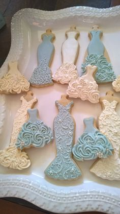 Blue and White Wedding Entourage Dress Cookies- 10 Bridal Shower Cookies, Wedding Giveaway, Winter Wedding, Bridesmaid Gifts Fancy Cookies, Iced Cookies, Cute Cookies, Royal Icing Cookies, Cookies Et Biscuits, Cupcake Cookies, Sugar Cookies, Cookie Favors, Wedding Entourage Dress