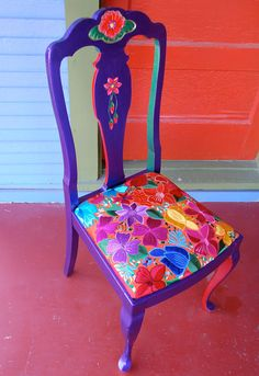 i want random chairs for my kitchen table to paint up like this. gorgeous!