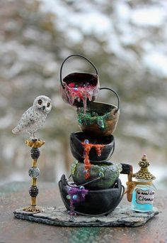Dollhouse Miniature Witch or Wizard Shop by 19thDayMiniatures  https://www.etsy.com/listing/125503749/dollhouse-miniature-witch-or-wizard-shop?