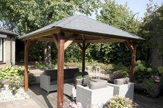Meer dan 1000 idee n over tuin zithoeken op pinterest stenen omheining tuin banken en grindterras - Dak van pergola ...